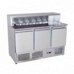 Banco pizza refrigerato con piano in granito e vetrina portacondimenti (Gn 1/6). Cm. 140 – Cm. 136,5x70x97H.